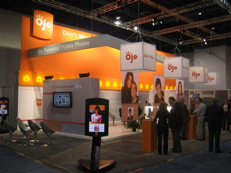 trade show booth design vancouver creating a buzz around your trade show booth big ways to