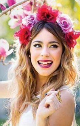 acconciature con fiori nei capelli acconciature con fiori nei capelli