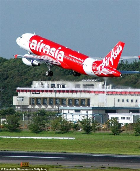 airasia di changi terminal berapa fears grow for missing airasia flight carrying 162 people