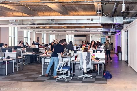 take a tour of yelp s manhattan office tour business insider