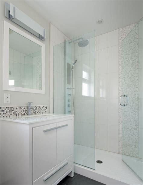 Kleines Badezimmer by Kleines Badezimmer Gro 223 Wirken Lassen 25 Beispiele