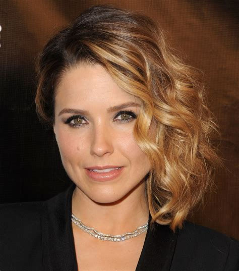 bush hairs sophia bush just cut her hair even shorter come see glamour