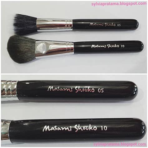 Masami Shouko 111 S Angled Contour Brush 1 whatever gives review masami shouko