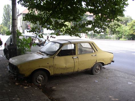 file dacia in bucharest romania jpg wikimedia commons