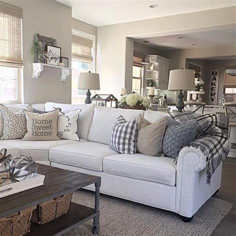 accent pillows for living room 17 best ideas about sofa pillows on pinterest couch