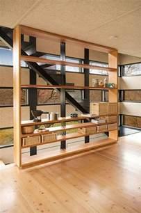 agréable Meuble Separateur De Piece Ikea #1: idée-originale-séparation-pièce-meuble-séparateur-de-pièce-ikea-deux-etages.jpg