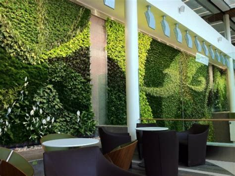 Living Wall Canada Gargantuan Living Wall With 10 000 Plants Completed In