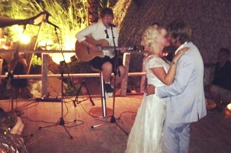 ed sheeran perfect wedding dance ed sheeran sings at wedding for friend jake gosling