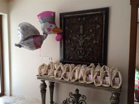 what to give guests at a baby shower baby shower gifts for guests baby shower ideas