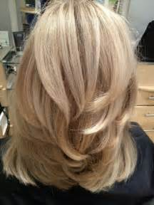 shoulder length hair with layers at bottom 25 best ideas about medium layered hair on pinterest