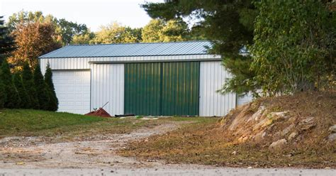 Diy Pole Shed by How To Build A Pole Barn Diy Pole Barns