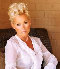 lorrie hairsyyles lorrie morgan variety attractions