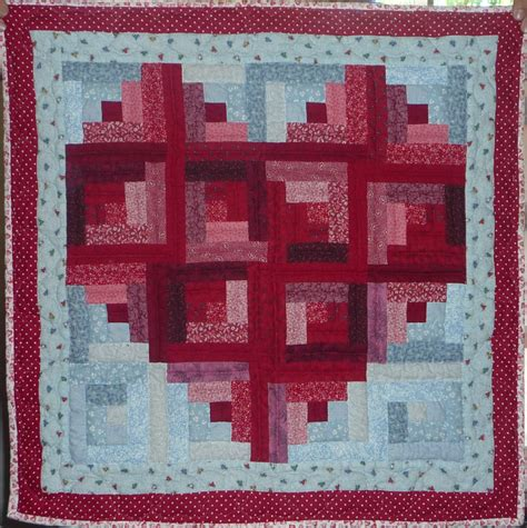 pattern for log cabin heart quilt log cabin heart by linda jill s quilt site