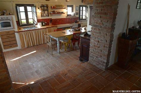 idee pavimenti interni idee di pavimenti antiscivolo per interni