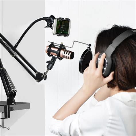 Hoco P7 Microphone Condenser Lazypod Stand With Smartphone Holder hoco p7 microphone condenser lazypod stand with smartphone holder black jakartanotebook