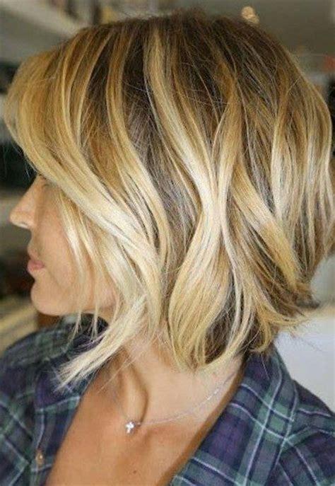 taglio di capelli scalati medi hair pinterest 17 migliori idee su taglio a caschetto spettinato su