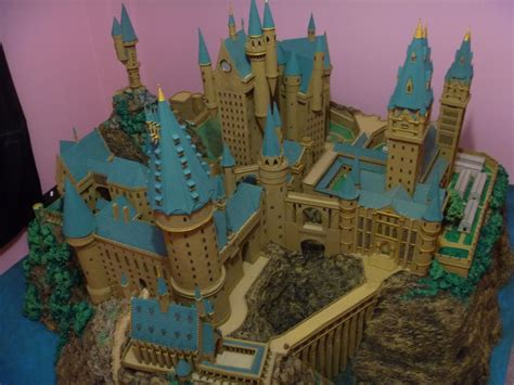 Hogwarts Castle Papercraft - hogwarts castle paper model high view by wandmaker