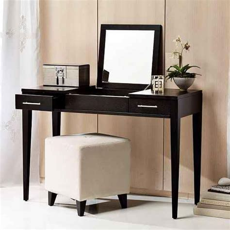Bedroom Vanity Ontario Tips To Select The Right Dressing Table Farnichr Daresing