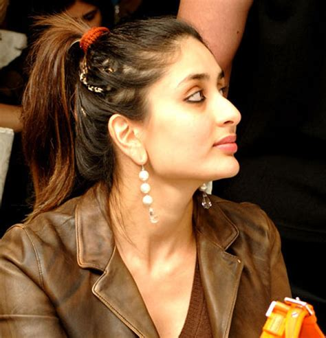Free Hairstyle Galleries by Kareena Kapoor Hairstyle Gallery Wallpaper And Free
