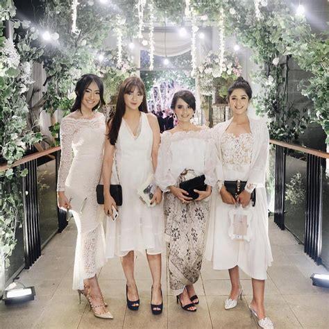 Dres Mey Brukat Baju Pesta Modis Terbaru 17 model baju pesta brokat 2018 edisi gaun blouse kebaya elegan