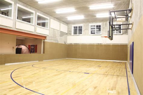 10 basement basketball court ideas 10 basement basketball court ideas