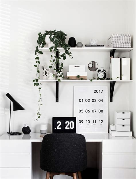 minimalist office desk 25 best ideas about minimalist office on