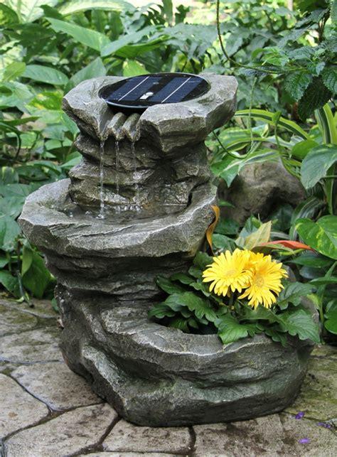 solar springbrunnen f 252 r den garten archzine net
