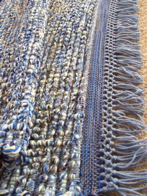 crafted woven yarn rug knotted fringe 26 x 66 thick
