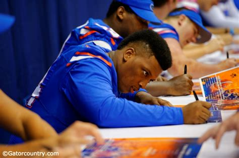 florida gator fan forum florida gators redshirt report khairi clark