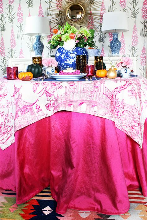 set  stylish thanksgiving table heres   dress