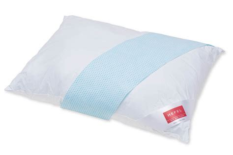 bed pillows that stay cool hefel klimacontrol cool zip pillows
