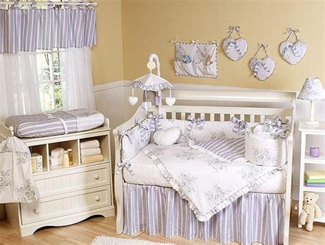the bedroom in the style of shabby chic home interior