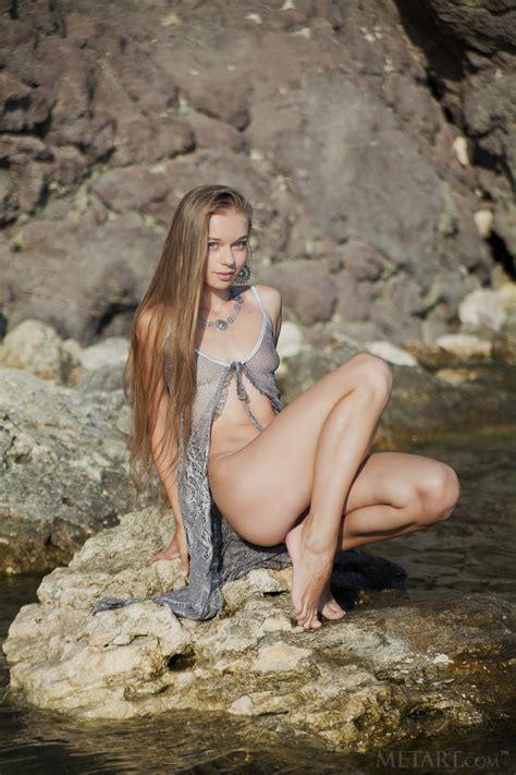 La Ucraniana Milena D Se Enfr A Debajo Del Agua Met Art Poringa