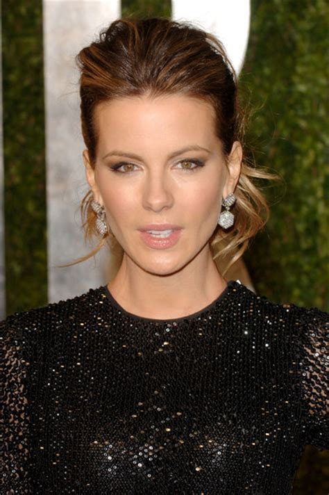 how to add height to hair kate beckinsale in 2011 vanity fair oscar party hosted by