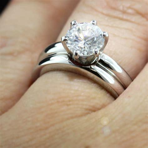 izyaschnye wedding rings engagement rings matching