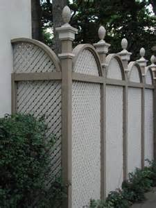 Decorative Privacy Fences by Arched Privacy Fence With Decorative Caps
