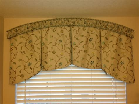 Drapery Valance Arched Shirred Cornice With Arch Inverted Pleat Valance