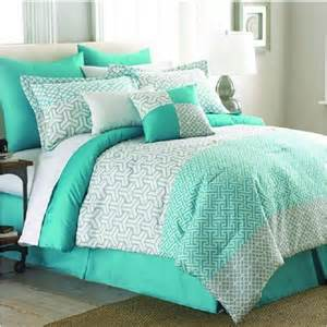 25 best ideas about mint comforter on bed