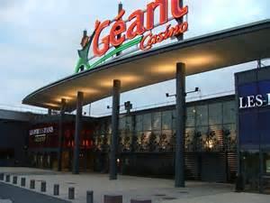 service de table geant casino