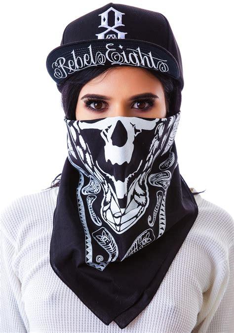 Masker Bandana grinning skull bandana dolls kill