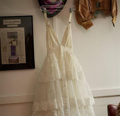 Wedding Budget Of 2000 by 2000 Dollar Budget Wedding Wedding Dress Makeover