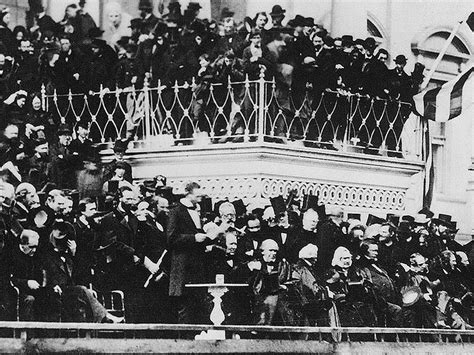 all the presidents tables abraham lincoln s inaugural panoramio photo of president abraham lincoln giving his