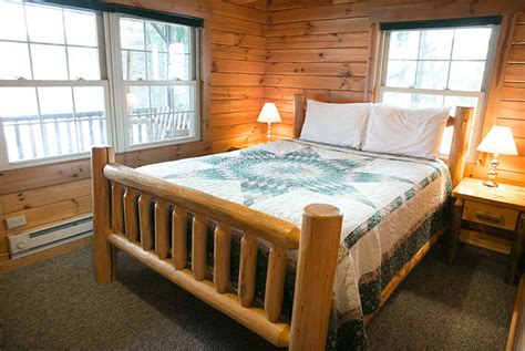 Ohio Cabin Bed by Amish Country Ohio Cabin Rentals Cabins In