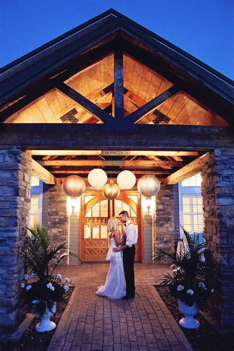 Top Barn Wedding Venues   Kentucky ? Rustic Weddings