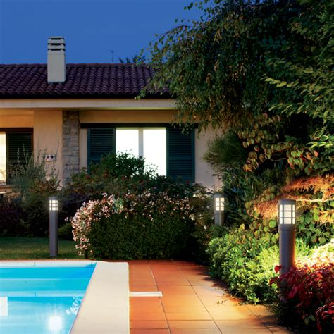illuminare giardino come illuminare il giardino illuminazione per esterni