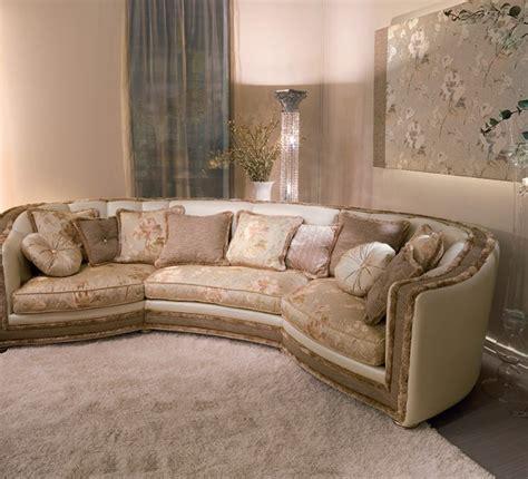 divano classico pelle venere divano classico componibile in pelle pigoli made