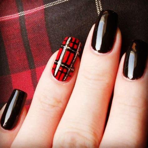 plaid pattern nails tartan nails cute scottish beauty nails