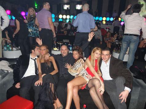 come sono le donne rumene a letto organizzo capodanno 2013 serata in romania