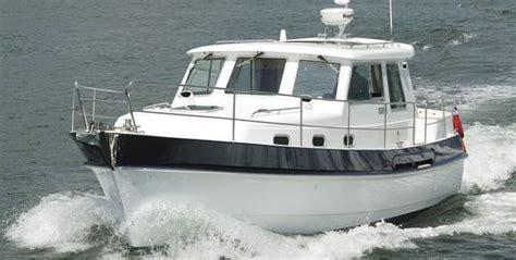 hardy motor boats for sale uk hardy commander 32 for sale uk hardy boats for sale