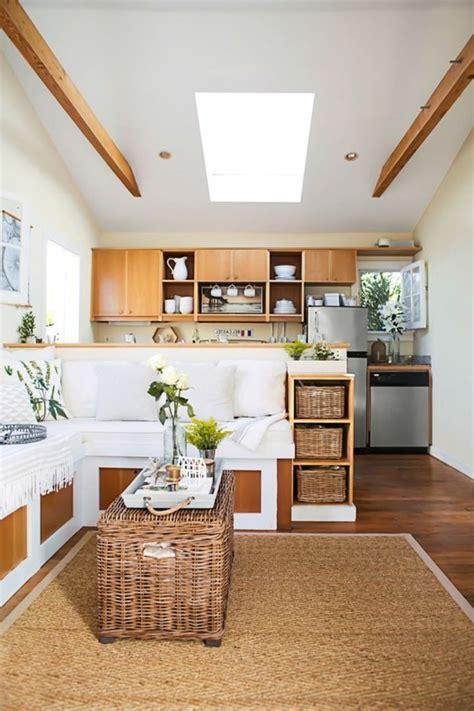 amenager petit salon avec cuisine ouverte 83 photos comment am 233 nager un petit salon archzine fr